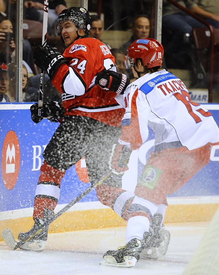 Hockey aficionado en alberta