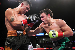 Julio Cesar Chavez (R) won a questionable verdict over Bryan Vera (Chris Farina/Top Rank)