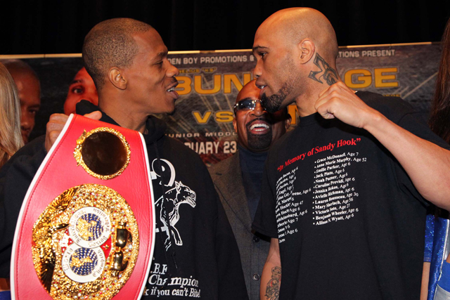 Cornelius Bundrage (L) and Ishe Smith meet Saturday on Showtime (Tom Casino)
