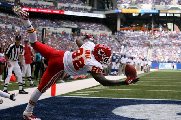 Acrobatic Bowe is reason No. 82 why WR is crazy deep this year (USP)