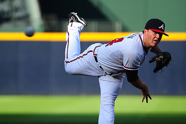 Kris Medlen, dealing (Getty Images)