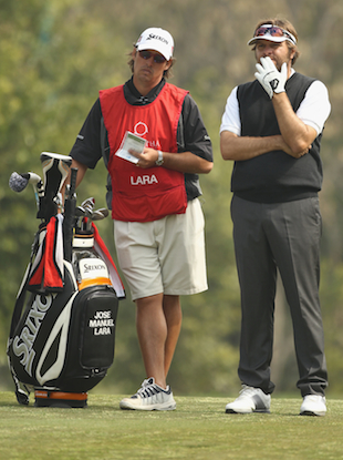 Jose Manuel Lara's caddie would like a do-over. (Getty Images)