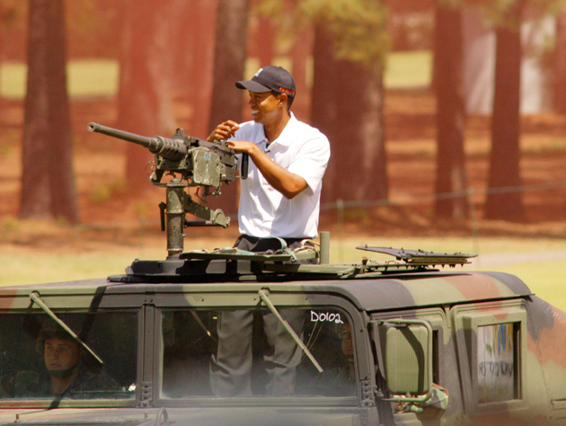 Tiger Woods at Fort Bragg in 2004 / Getty Images
