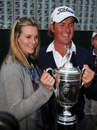 Webb Simpson and wife Dowd. (Getty Images)
