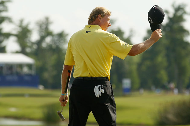 Ernie Els leaves the green. (Getty Images)