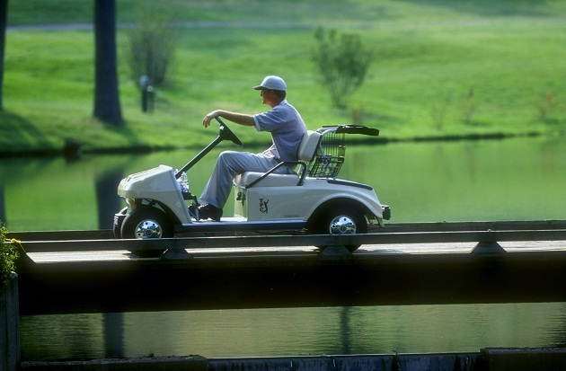 Casey Martin, with cart, in 1998. (Getty Images)