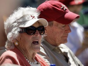 George and Barbara Bush rocking 'Stros headwear. (AP)