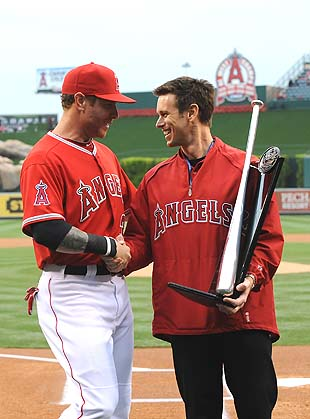 Josh Hamilton with Jerry Dipoto. (Getty)