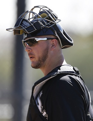 Keep an eye on White Sox catcher Tyler Flowers. (AP)