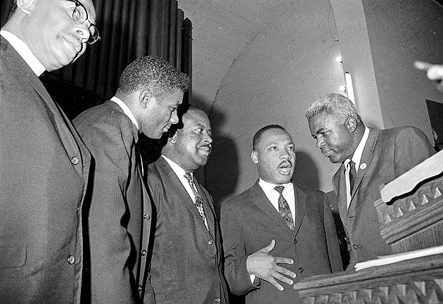 King, Robinson, boxer Floyd Patterson (second from left) and Rev. Ralph Abernathy. (AP)