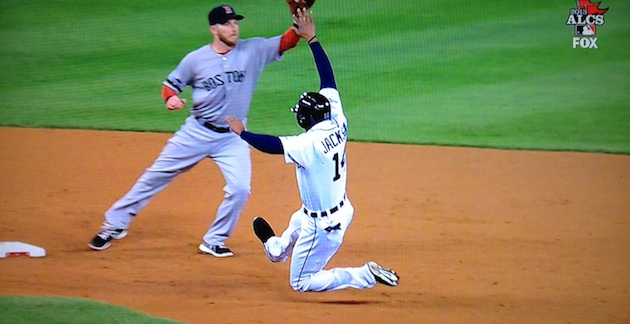 Stephen Drew fields the throw wide of second base. (Fox Sports screen cap)