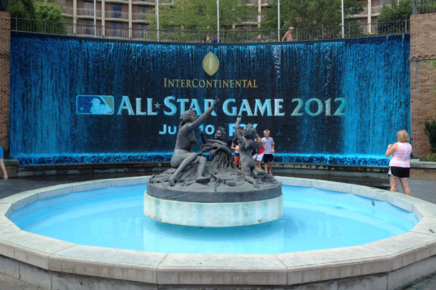Like many others around the city, the fountain at the Intercontinental has been dyed royal blue. (BLS)