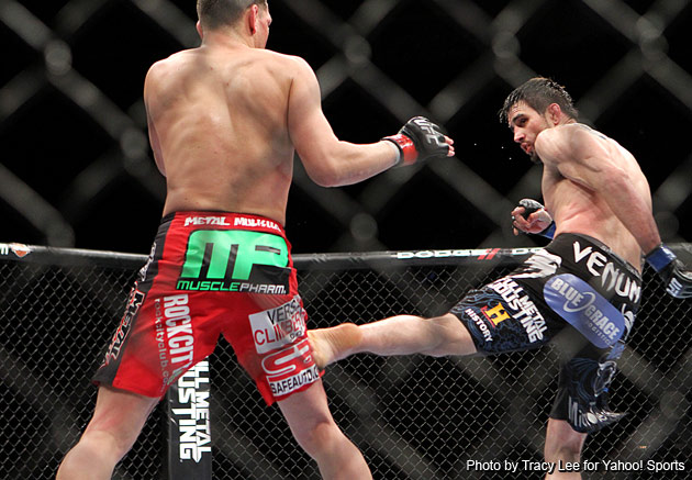 Carlos Condit pulls upset on Nick Diaz to take UFC interim welterweight title, loser says he's done with fighting