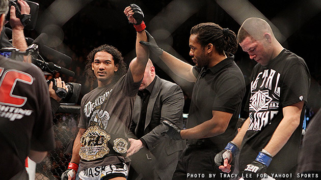 Benson Henderson holds on to UFC lightweight belt with controlling win over Nate Diaz