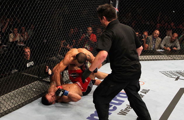 Aldo finishes off Mendes (Getty)
