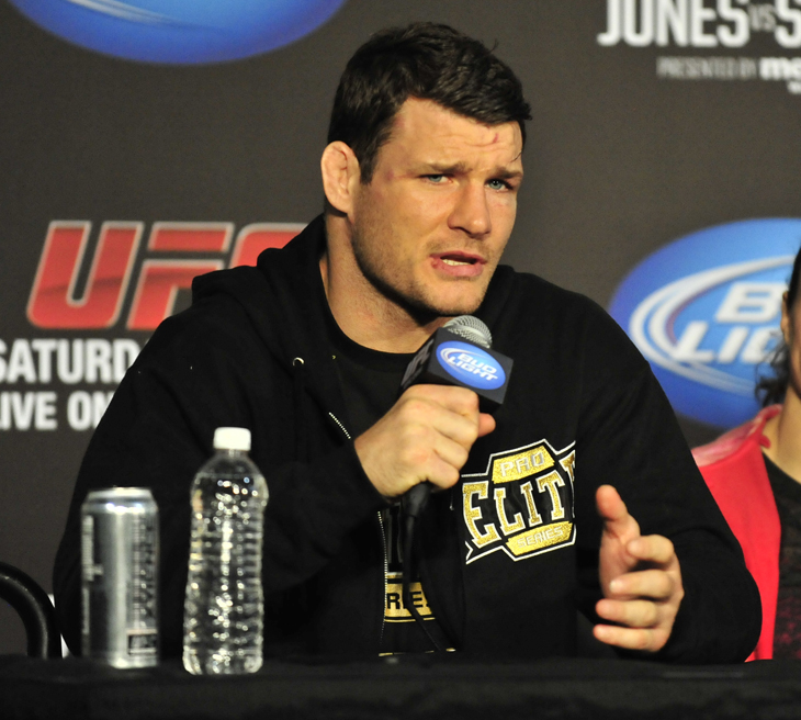 Michael Bisping injured his right eye and has withdrawn from his bout with Mark Munoz (Getty Images)