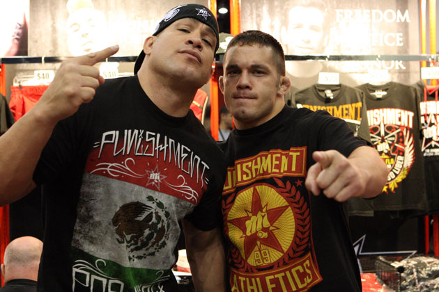 Jake Ellenberger hanging with Tito Ortiz at UFC 136 (Getty)