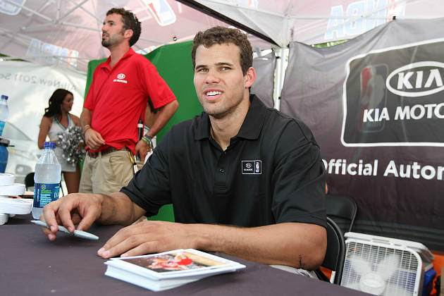 Kris Humphries hands out life lessons (David Sherman/ Getty).