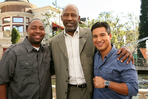 James Worthy hangs with Mario Lopez, a true professional (Jesse Grant/ Getty).