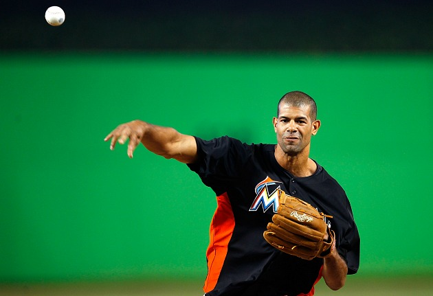 Shane Battier throws a spitball (Sarah Glenn/ Getty).