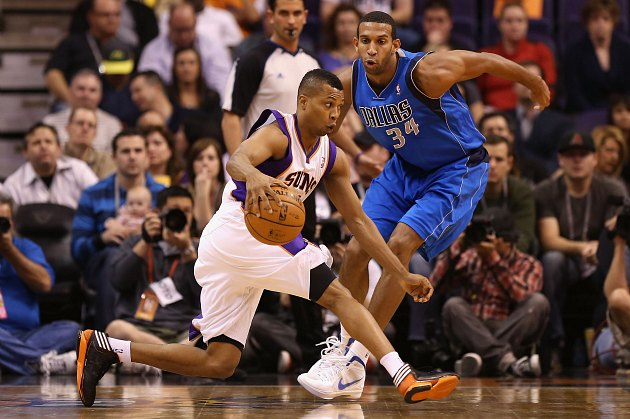 Sebastian Telfair and Brandan Wright square off in a funny face competition (Christian Petersen/ Getty).