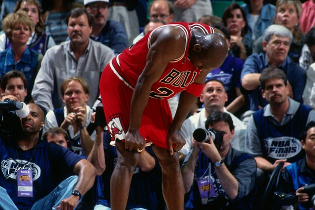 Michael Jordan regrets ordering pepperoni during the Flu Game (Dick Raphael/ Getty).