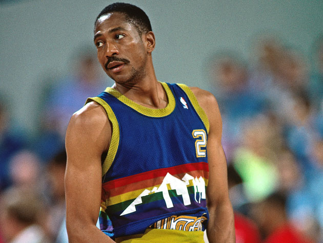 Alex English, wearing a jersey that Kelly Dwyer's cat will one day sleep in (Getty Images)