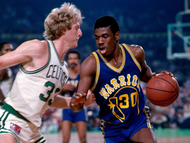Bernard King drives on Larry Bird (Getty Images)
