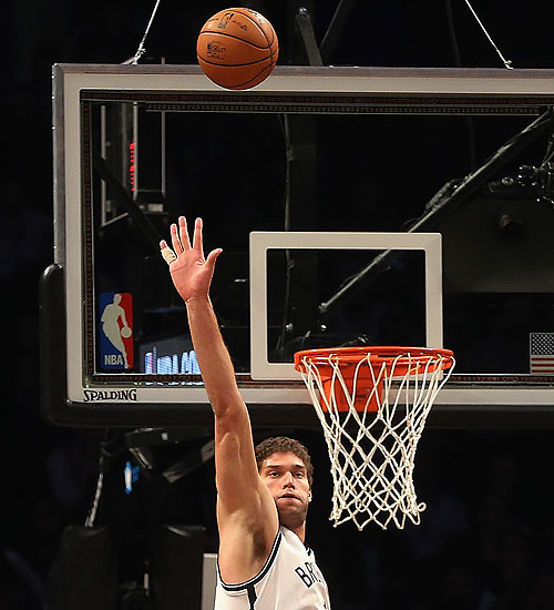 Brook Lopez looks great, you guys. (Getty Images)
