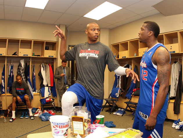 Caron Butler teaches Eric Bledsoe the crane, poorly (Getty Images)