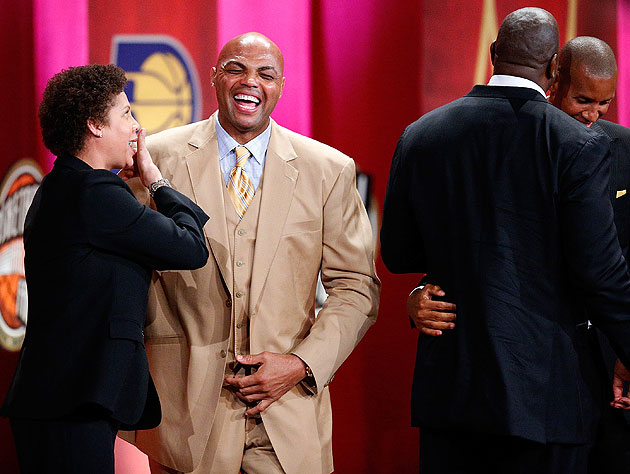 Charles Barkley nailed the 'we are having fun' pose the photographer asked for. (Getty Images)