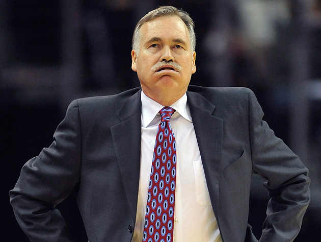 Coach Mike D'Antoni was at a loss during the first quarter on Tuesday. (David Richard-USA TODAY Sports)