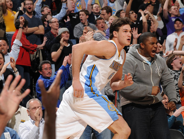 Danilo Gallinari steadies himself before he breaks otherwise-immutable laws of physics (Getty Images)