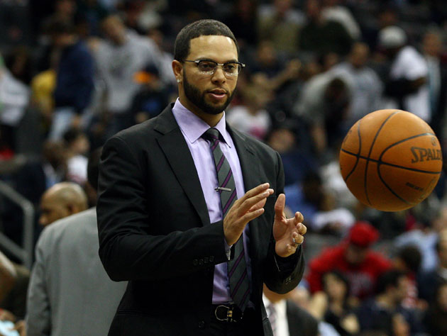 Deron Williams lets the game come to him (Getty Images)