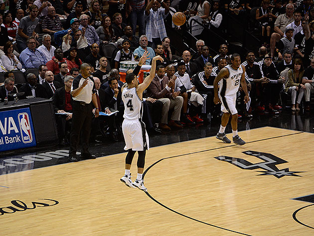 Danny Green has all day. (Noah Graham/NBAE/Getty Images)