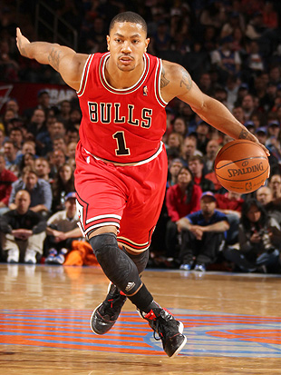 Derrick Rose reportedly injured ankle Sunday, wore walking boot…
