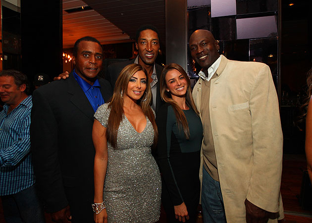 Ahmad Rashad, Larsa Pippen, Scottie and Yvette Prieto all pretend Mike wore something else. (WireImage)