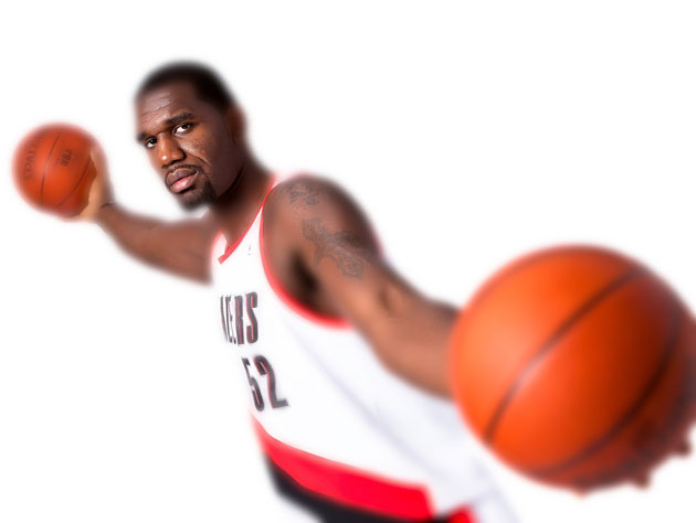 Greg Oden, spinning in a centrifuge (Getty Images)