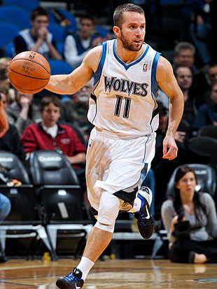 J.J. Barea thinks your intensity is for poop, fellow Timberwolves. (Getty Images)