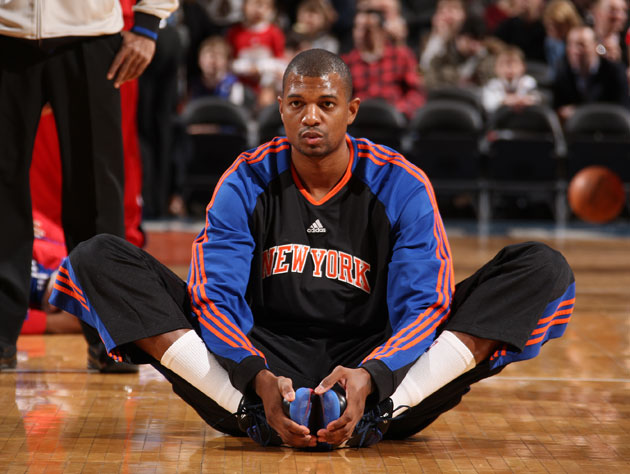 NBA washout Jonathan Bender turns inventor with a successful knee strengthening device
