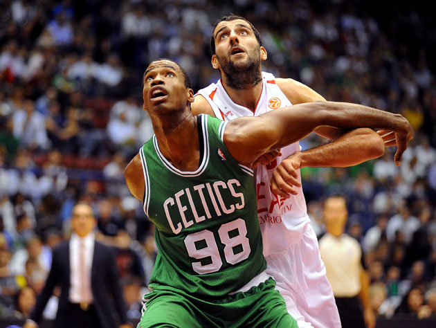 Jason Collins during an exhibition game in October of 2012 (Getty Images)