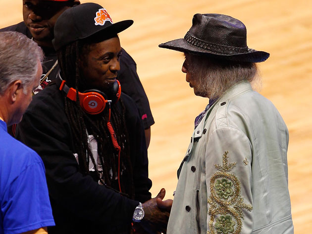 Jim chats with L'il Wayne because this is how the league works (Getty Images)