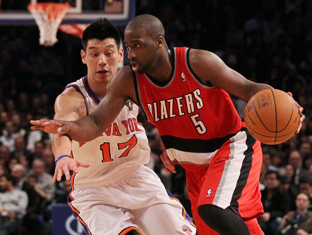 Jeremy Lin and Raymond Felton battle in March of 2012 (Getty Images)
