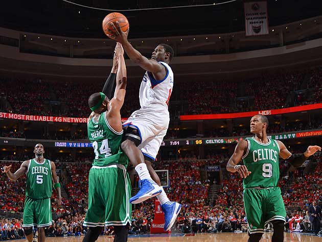 Jrue Holiday drives to the basket. (Getty Images)