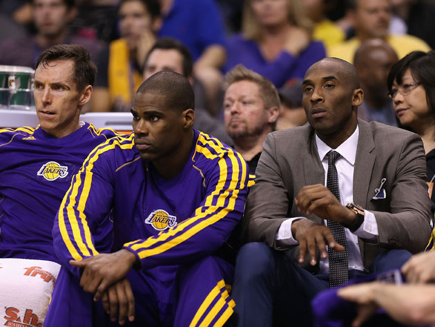 Kobe Bryant, after reflexively telling Antawn Jamison and Steve Nash that he's open (Getty Images)