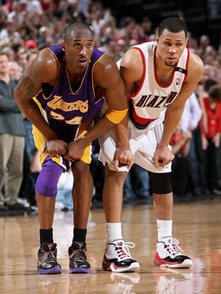 Kobe Bryant and Brandon Roy in 2009 (Getty Images)