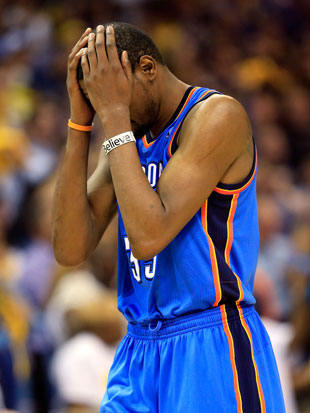 A rough night, for Kevin Durant (Getty Images)