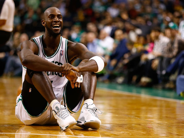 This is how Kevin Garnett sleeps (Getty Images)