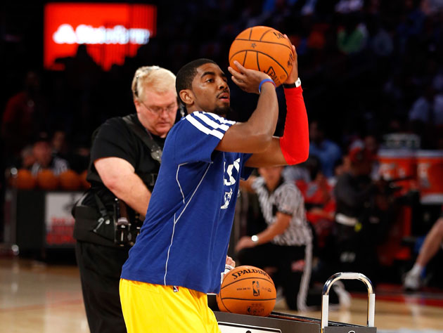 Kyrie Irving wears the warmup as he hits for 23 points in the final round (Getty Images)