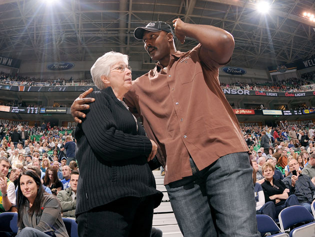 Karl Malone, 'Disneyland Dad,' wonders if he pulled the parking brake up (Getty Images)